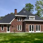 Jaren 30 villa Maximalaan voor en zijaanzicht